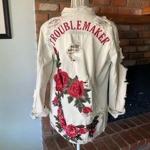 """Emory Park """"Troublemaker"""" Destroyed Denim Jacket S"""